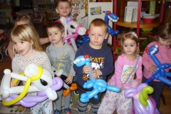Výroba zvířátek z balónků